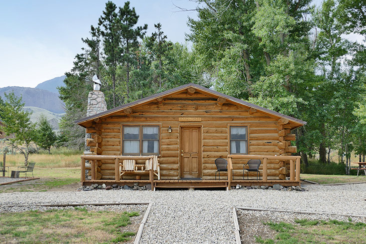 Wyoming Cabins near Yellowstone Park