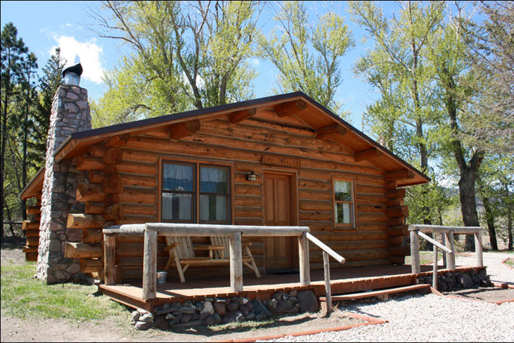 Wyoming Cabins with Scenic Views Cody WY